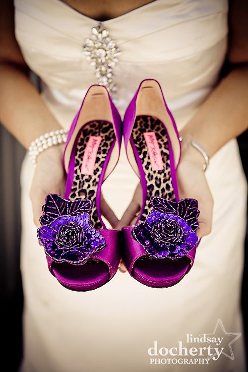 bride purple wedding shoes