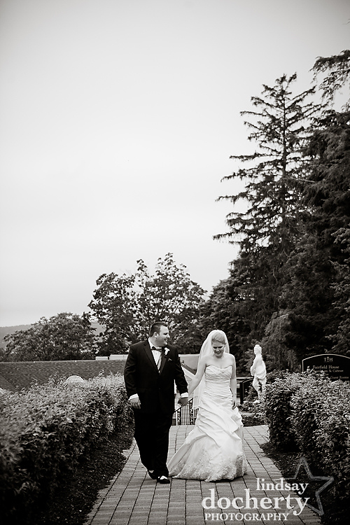 bride and groom at Tarrytown House Estate