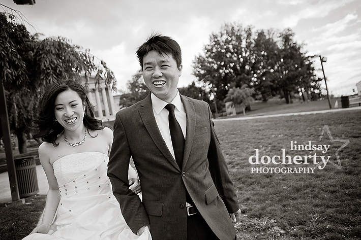 Philadelphia engagement session pictures couple