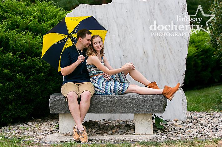 Philadelphia engagement pictures at Drexel University