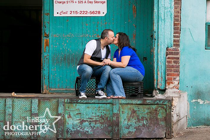 Philadelphia engagement pictures in Northern Liberties