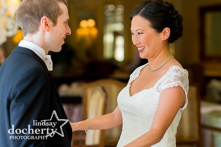 Philadelphia wedding photography at the Atrium at the Curtis Center