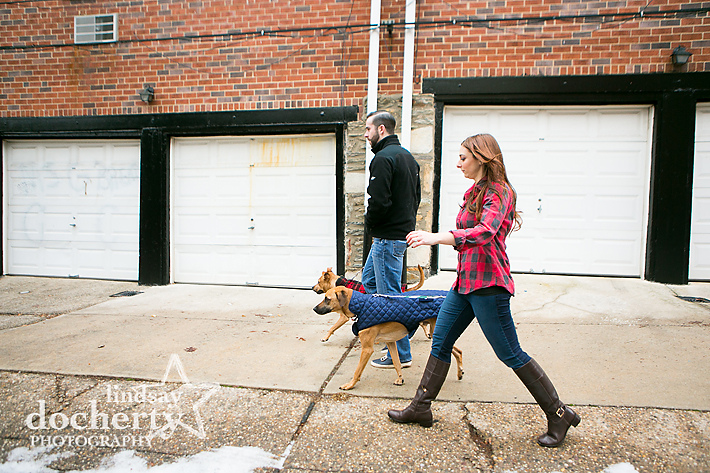Fairmount Philadelphia engagement pictures with dogs
