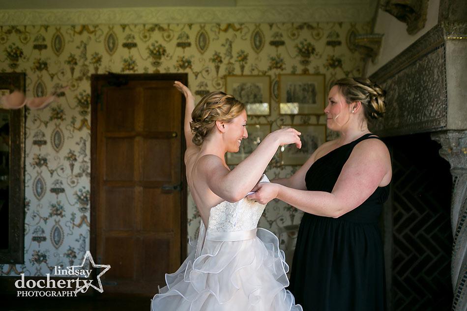 Bride getting ready at Aldie Mansion