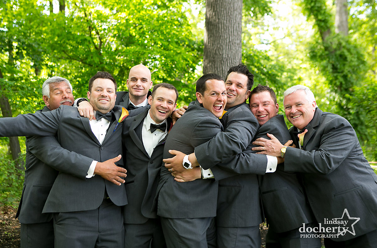 funny wedding pictures of groomsmen at Stokesay Castle in Reading, PA