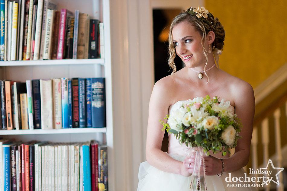 bride getting ready before Philadelphia wedding ceremony at Morris House Hotel