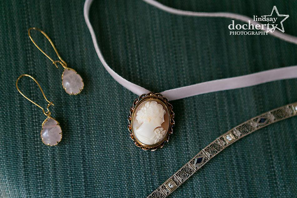 bride wedding jewelry vintage cameo as choker