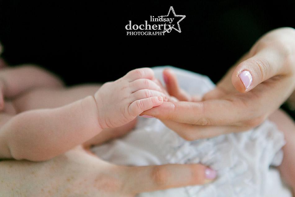 tiny newborn baby fingers