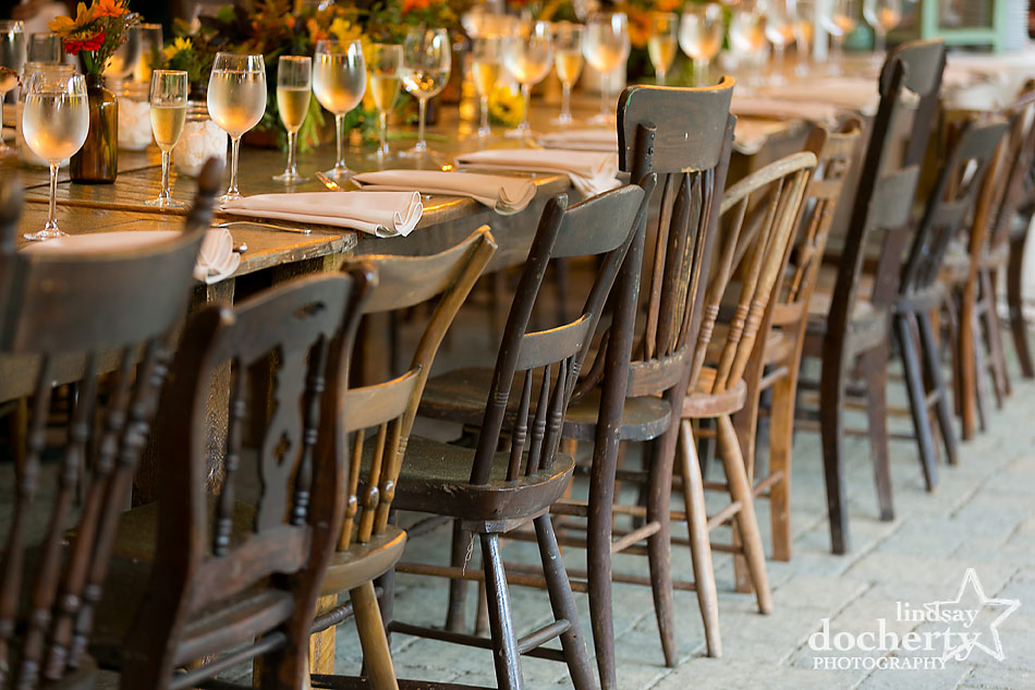 mismatched-chairs-at-Tyler-Arboretum-wedding