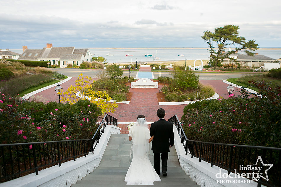 bride-and-father-walking-to-ceremony-at-Chatham-Bars-Inn-wedding-on-Cape-Cod