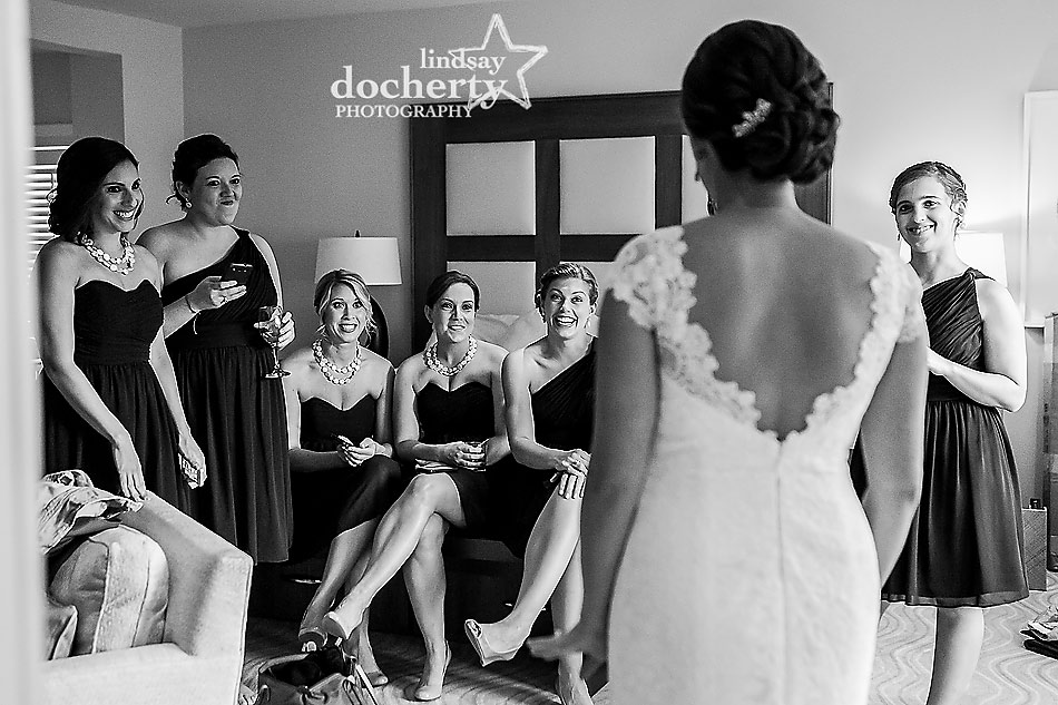 bride-with-bridesmaids-at-Chatham-Bars-Inn-wedding-in-Cape-Cod