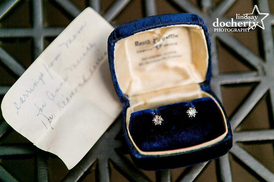 heirloom-diamond-earrings-for-bride-on-wedding-day