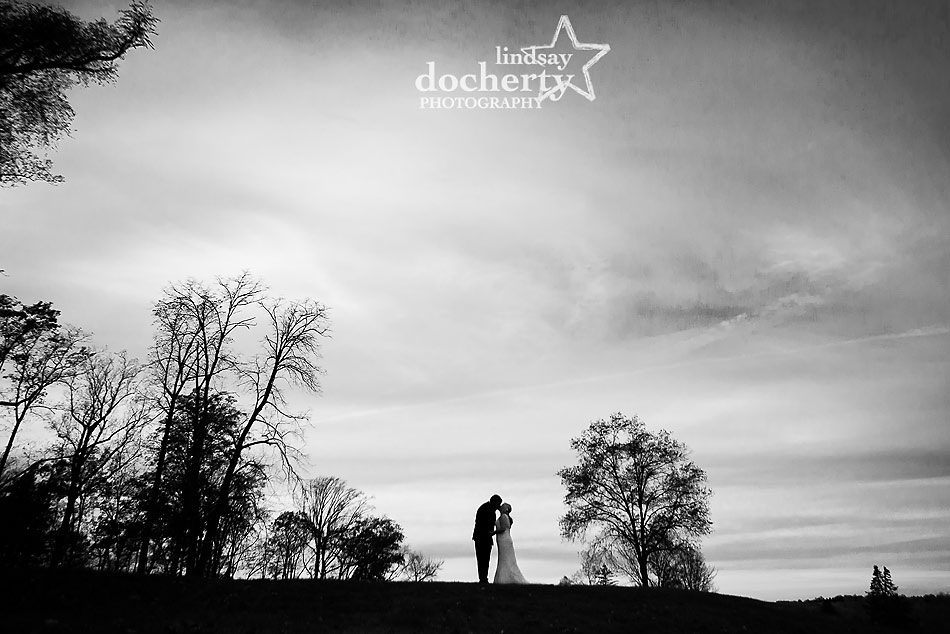 black-and-white-silhouette-of-couple-at-Sunnybrook-Golf-Course