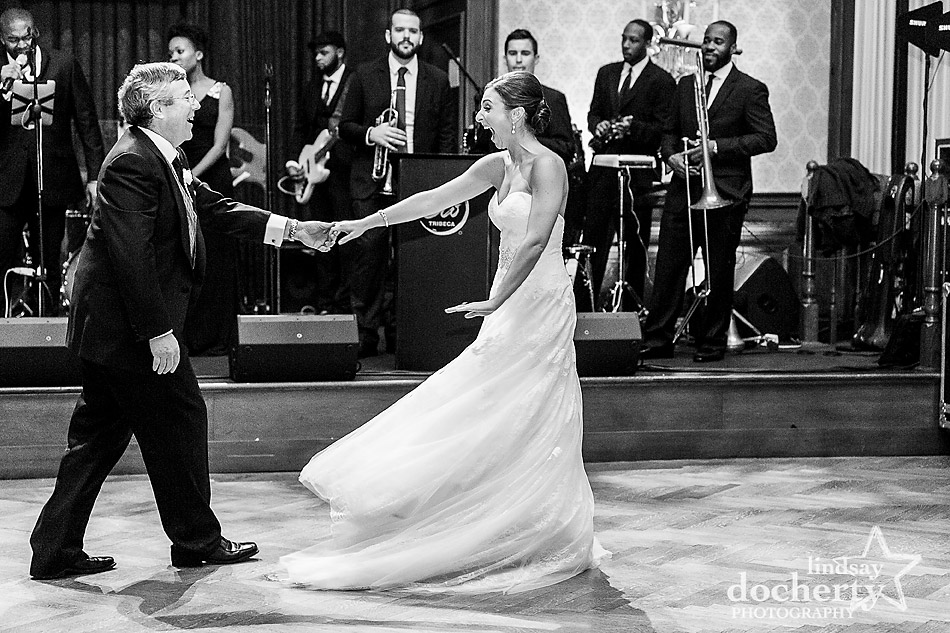 bride-and-father-dancing-at-Union-League-wedding-in-Philadelphia
