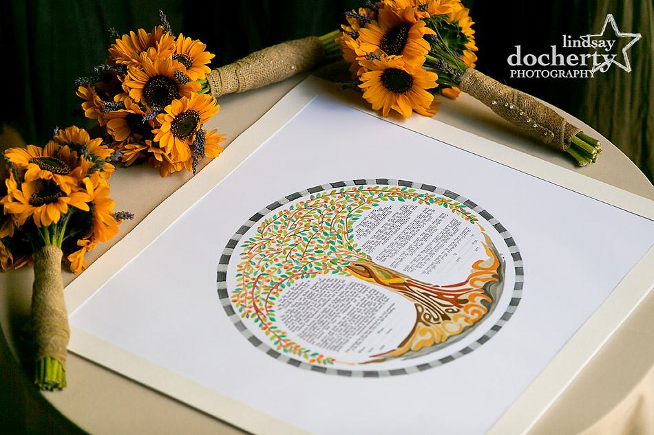custom-tree-ketubah-and-sunflowers-for-Jewish-wedding
