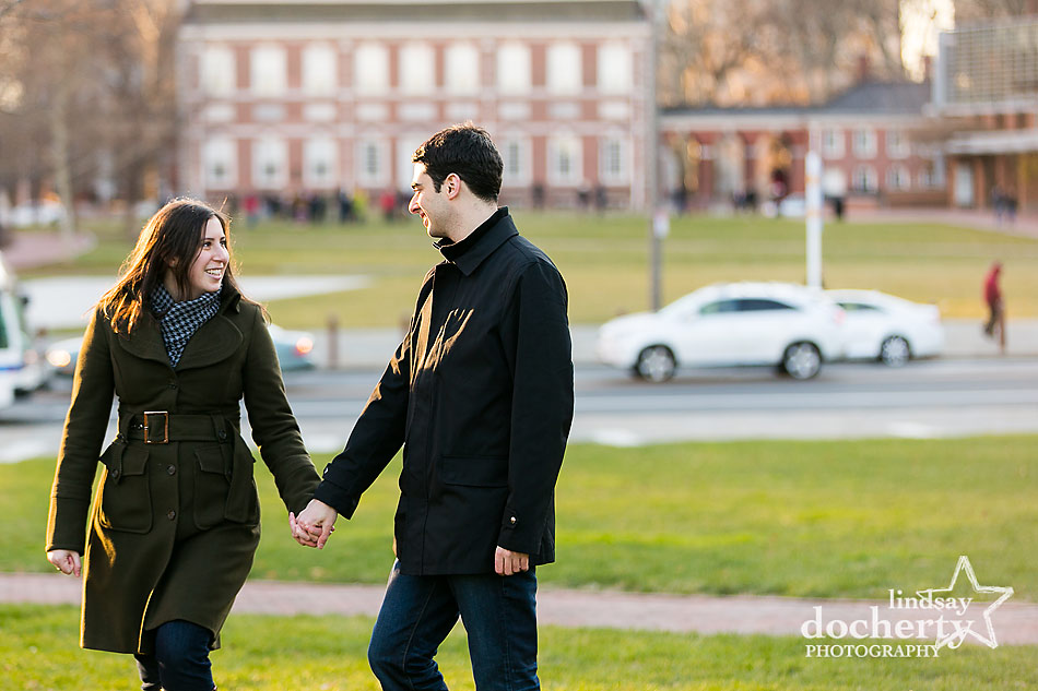 independence-mall-engagement-session-in-Philadelphia