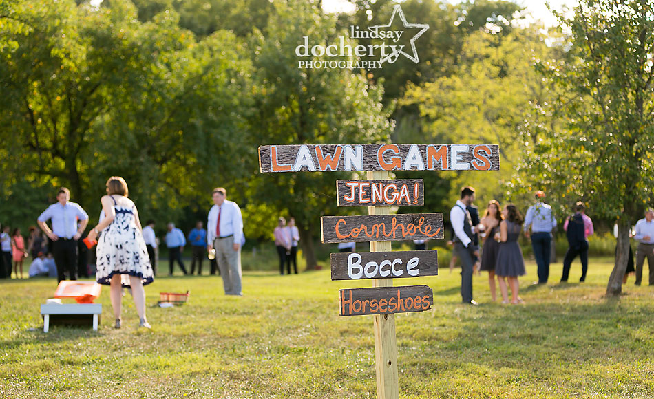 lawn-games-at-summer-barn-wedding