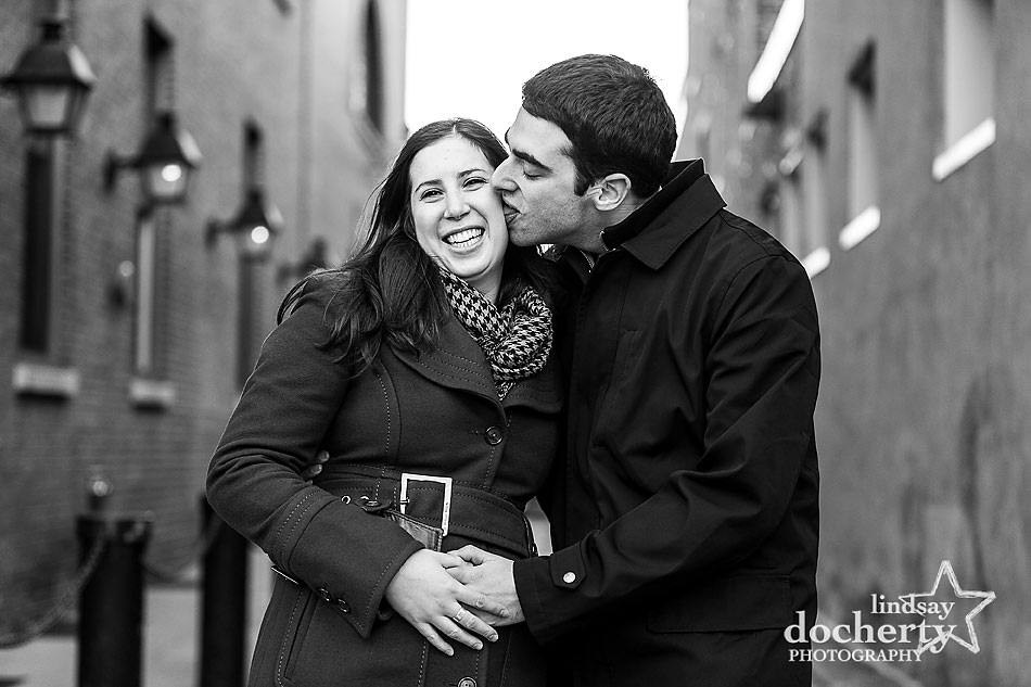 licking-at-Philadelphia-engagement-session-in-Old-City