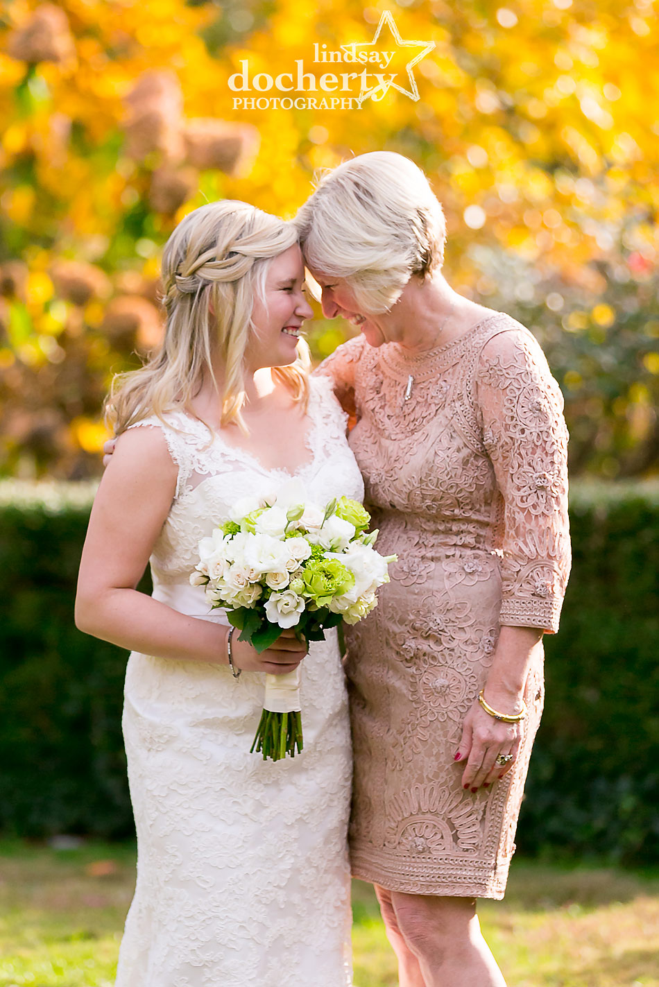 mother-and-daughter-on-fall-wedding-day-in-Philadelphia