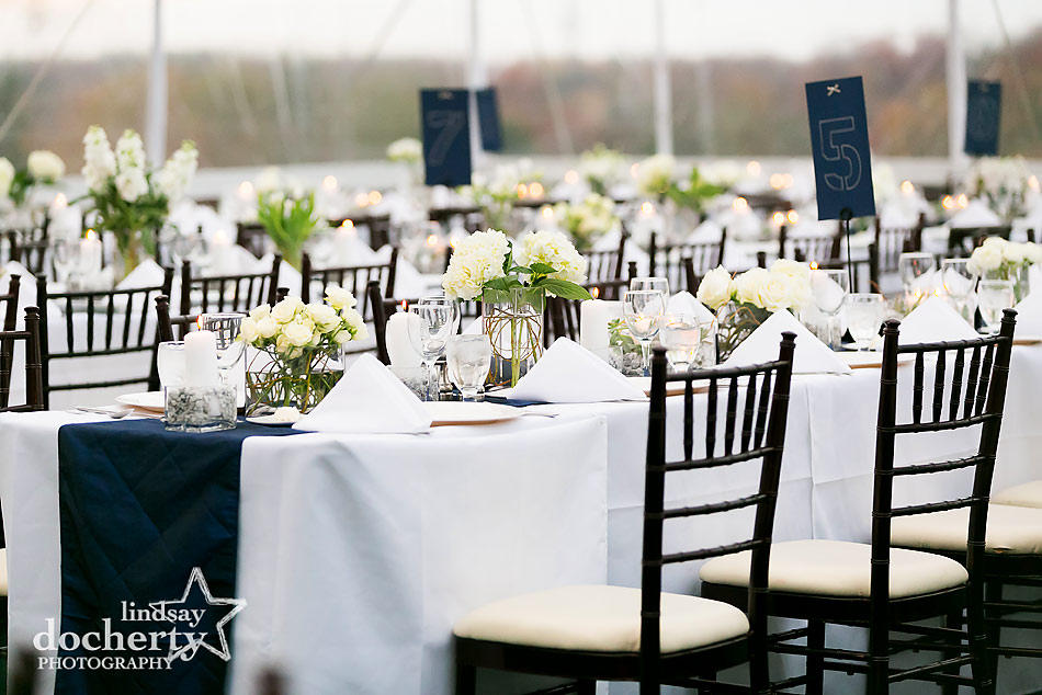 navy-and-white-table-settings