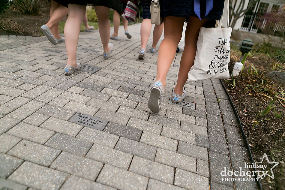 bridesmaids-in-TOMS-shoes-on-wedding-day