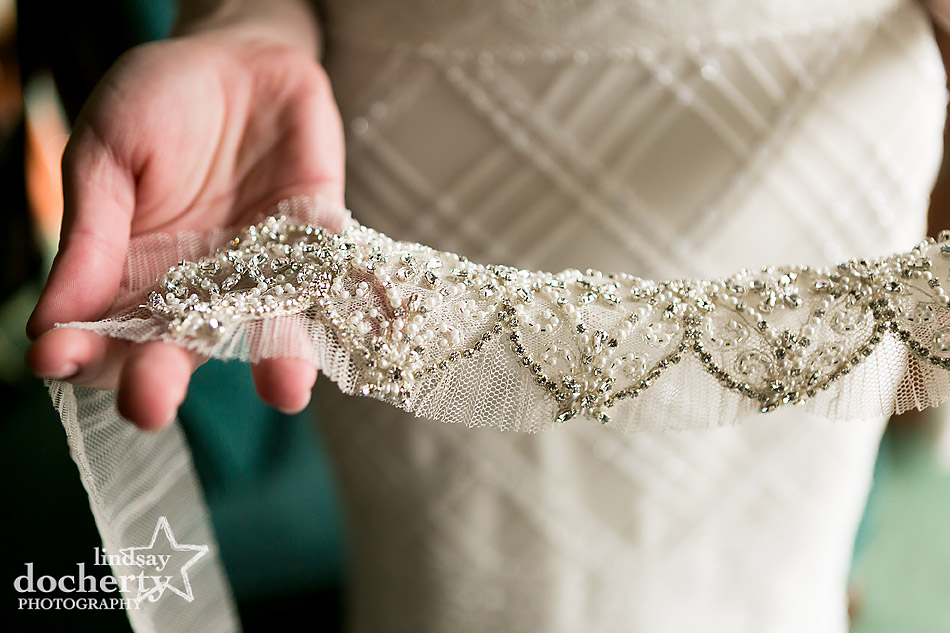 delicate-beaded-wedding-belt-for-bride