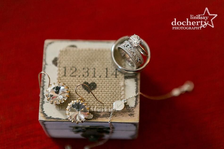 bride-wedding-jewelry