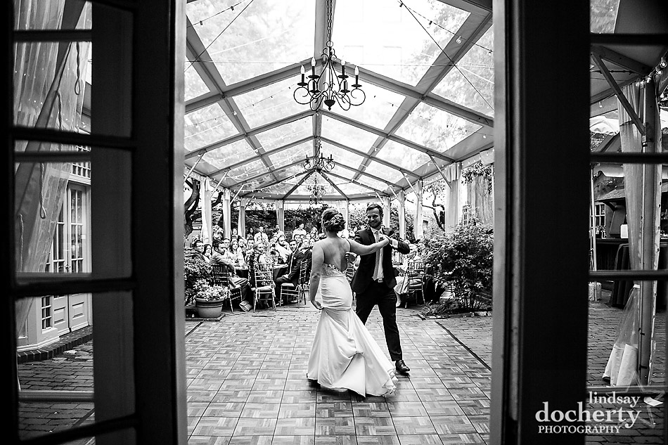Philadelphia wedding photographer at Morris House Hotel choreographed first dance outside under clear tent Philadelphia wedding photographer at Morris House Hotel