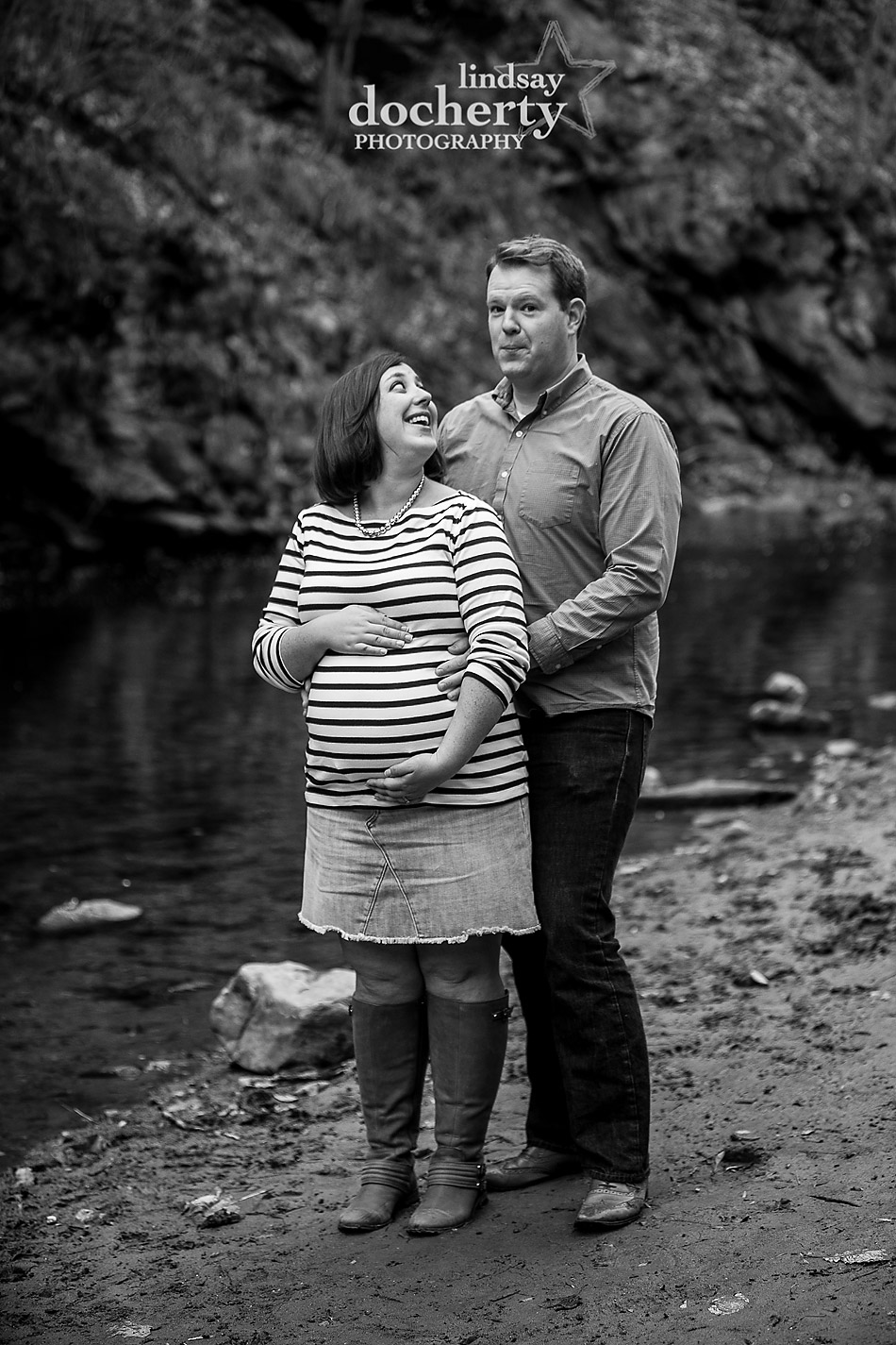 maternity session with mom and dad near Forbidden Drive