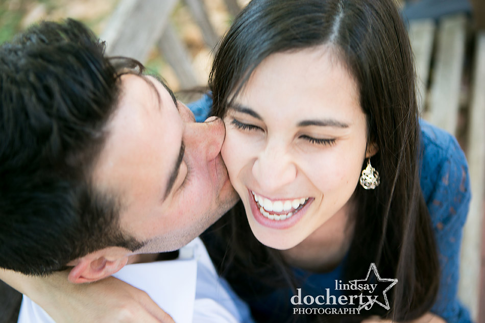closeup-kiss-picture-in-old-city-engagement-session