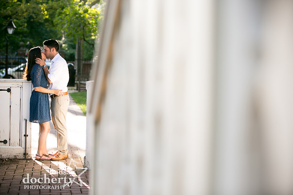 kiss-in-old-city-philadelphia-engagement-photo-session
