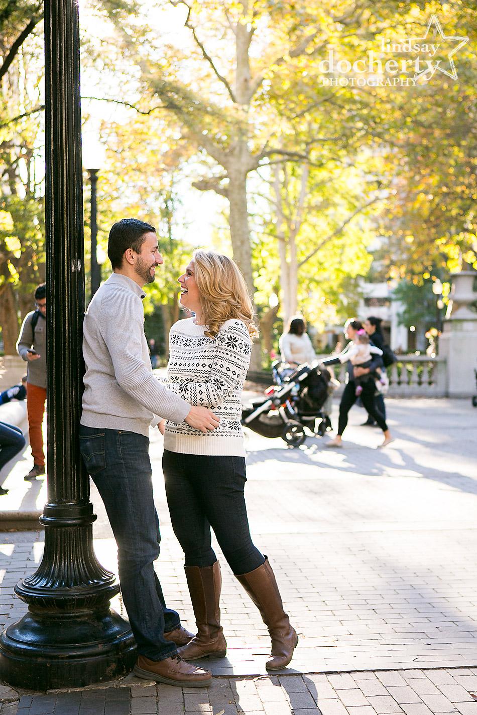 golden-fall-engagement-session-in-rittenhouse-square-philadelphia