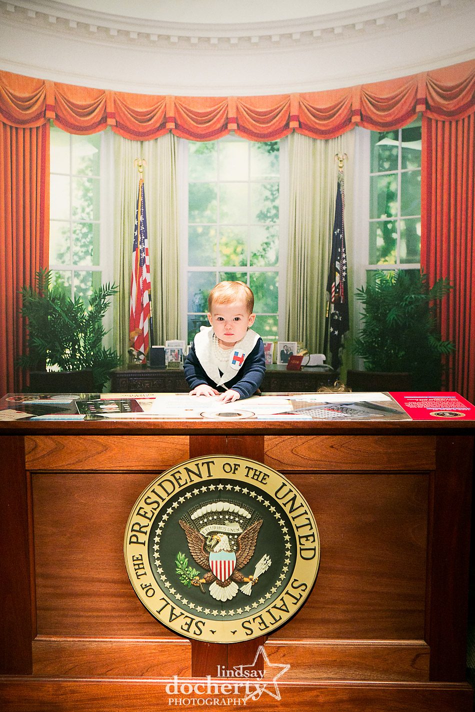Baby Hillary Clinton in Oval Office