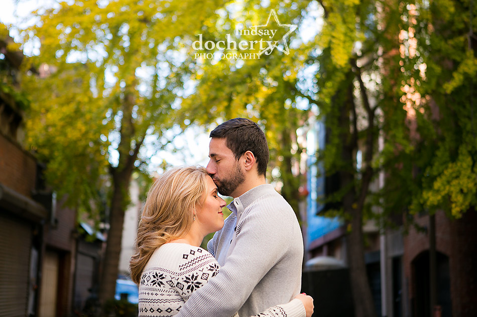 engagement-session-picture-near-rittenhouse-square-with-yellow-ginkgo-leaves