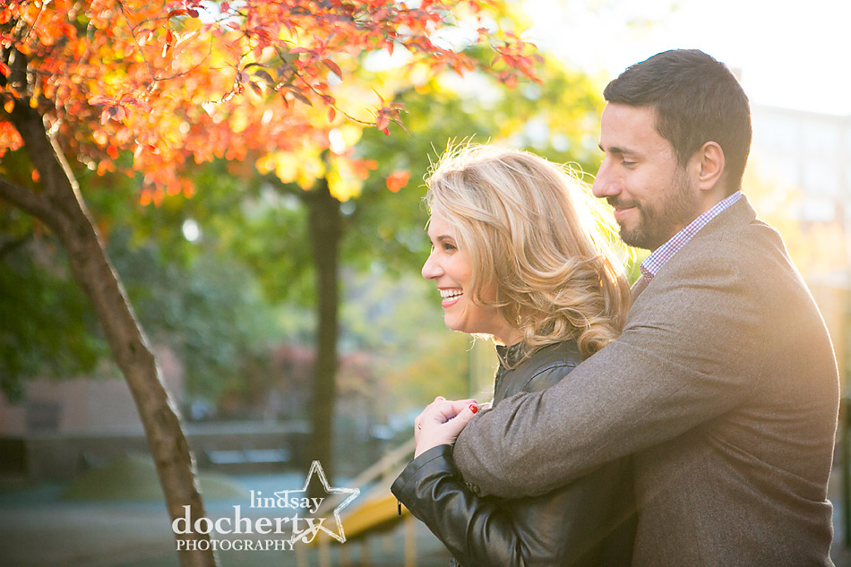 fall-colors-at-philadelphia-engagement-photoshoot