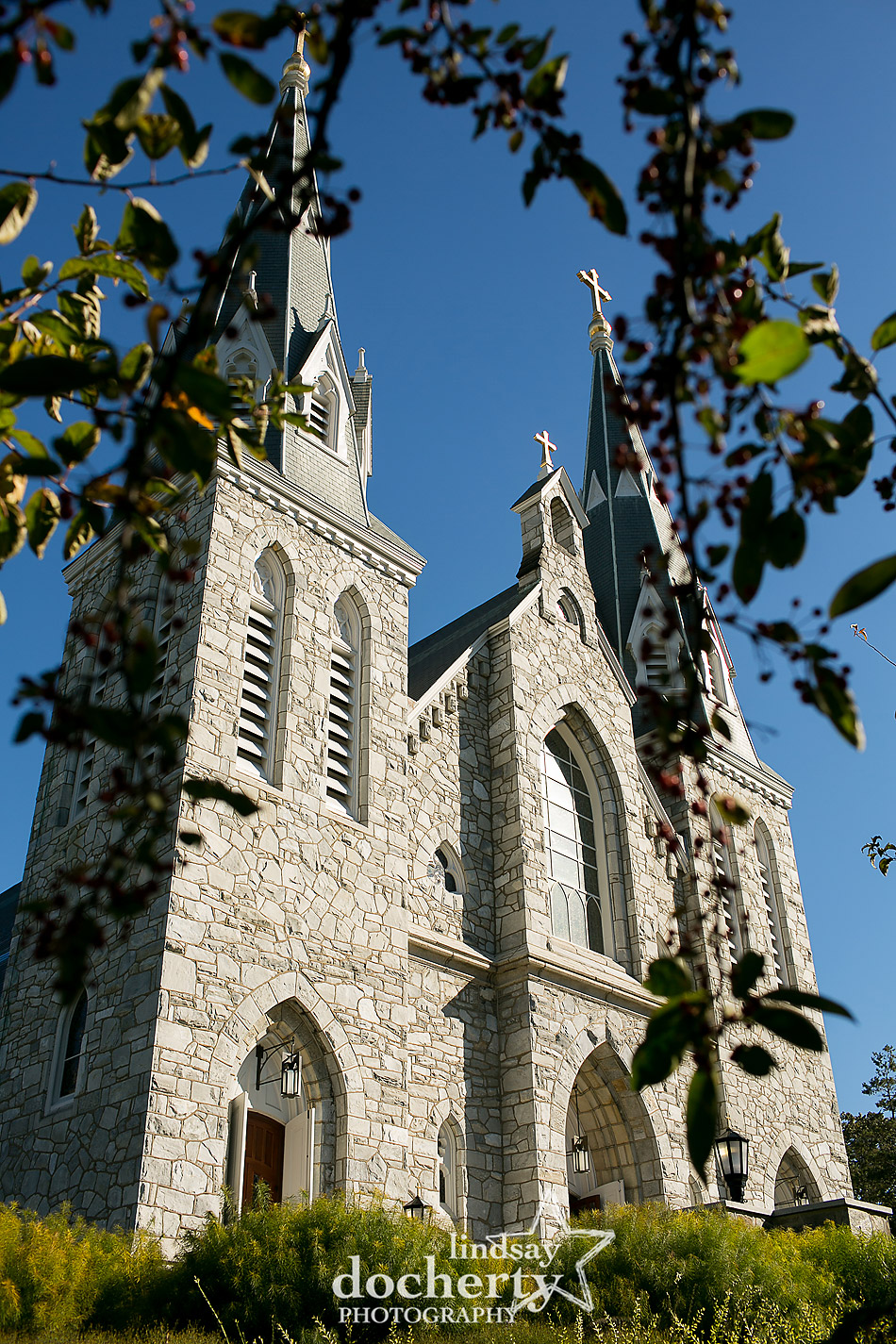 fall wedding at St Thomas of Villanova University Church