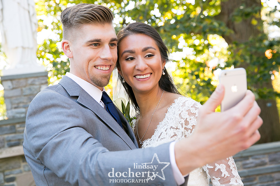 wedding day selfie at Villanova University gtrotto
