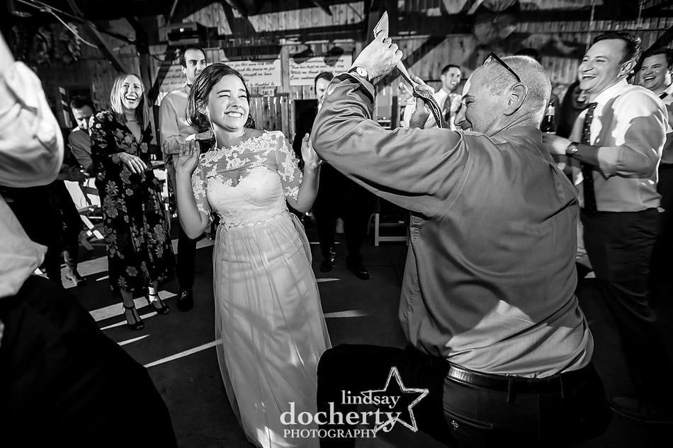 wild-dance-party-at-camp-ockanickon-wedding-in-new-jersey