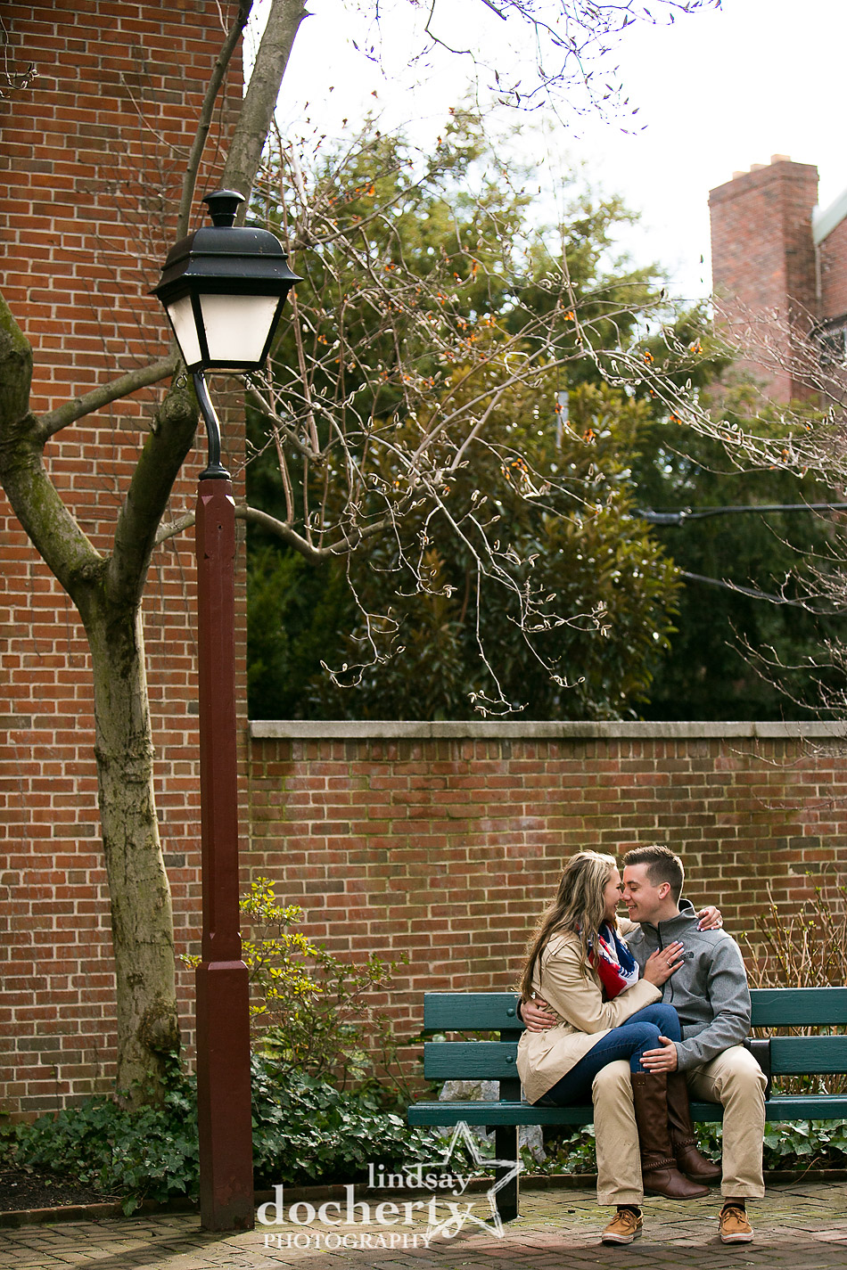 engagement session in pocket park around South Street in Philadelphia