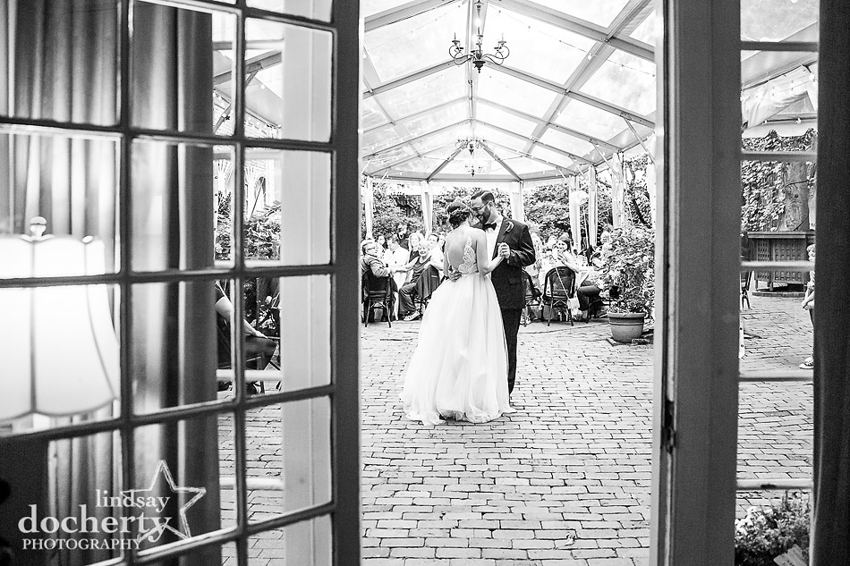 Morris House Hotel first dance in black and white