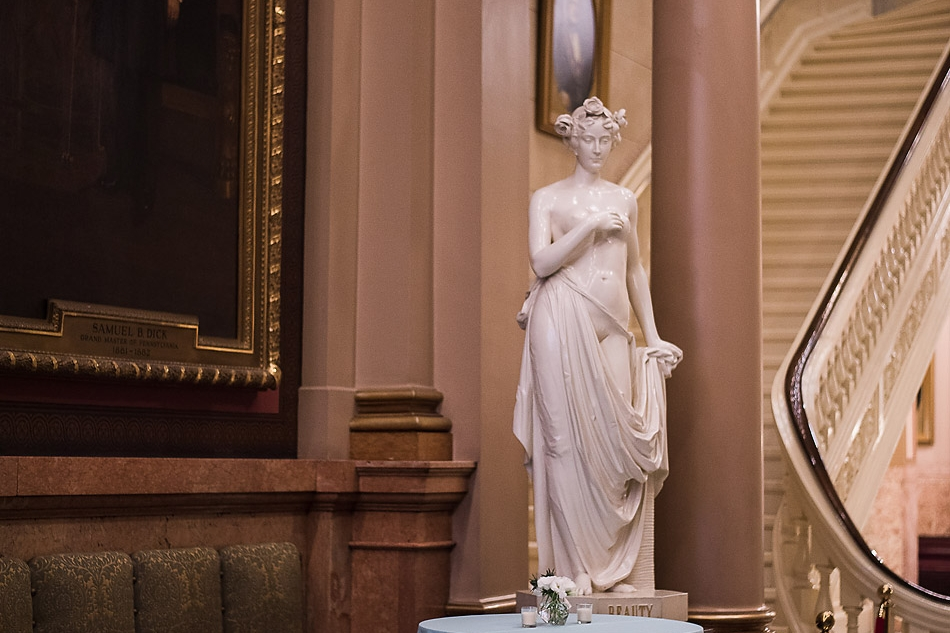 female-statue-in-second-floor-hallway-at-One-North-Broad